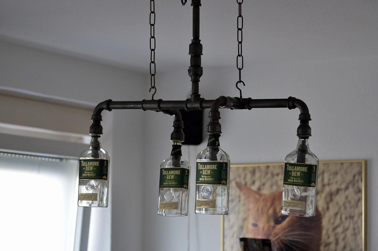 4 Er Hngelampe Aus Rohre Und Tullamore Dew Flaschen